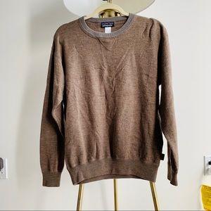Patagonia 100% merino wool sweater size Large